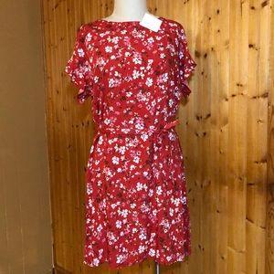 NWT beachlunchlounge Medium Red Floral Shirt Dress